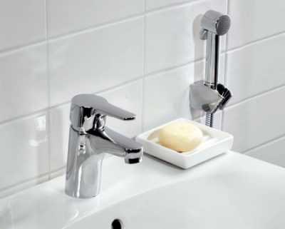 Из чего состоит смеситель с гигиеническим душем? своими руками